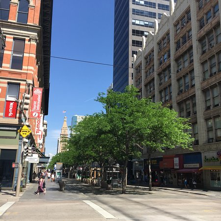 16th street mall denver 2018 what to know before you. Black Bedroom Furniture Sets. Home Design Ideas