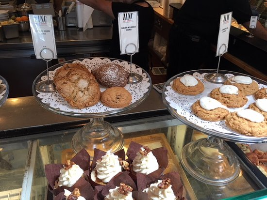 Zinc Cafe & Market: Creative sweets - great with their coffees!