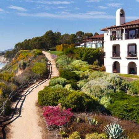 Four Seasons Resort The Biltmore Santa Barbara: Coastal beach walk