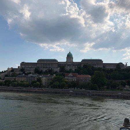 Korzo - Danube Embankment (Dunakorzó) ภาพถ่าย