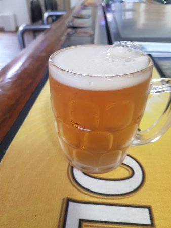 Rushworth, Austrália: Criterion Hotel has 6 different beers on tap to cover everyone's taste. The coldest beer around