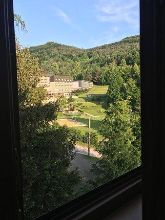 Vyhne, Slovakia: výhľad z izby