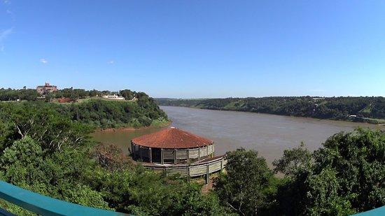 Marco Das Tres Fronteiras: Vista del rio