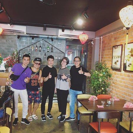 Non La Restaurant: lovely Hong kong customer