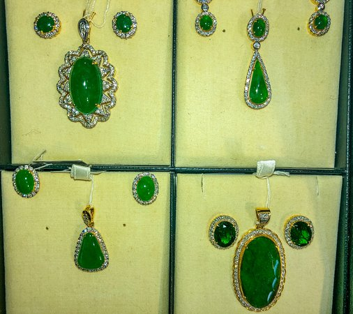 Kaung Sint Yadanar Gems and Jewellery
