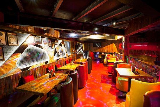 Rude Lounge - Thane: Ambiance