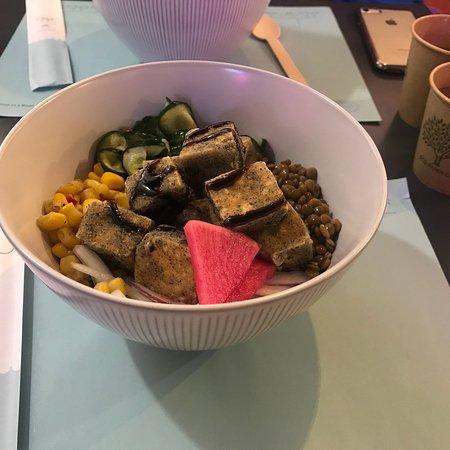 Hooked Poké: Tofu Poke Bowl