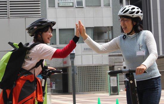 Segway City Guide Tour in Tsukuba: ツアーの前にしっかり練習。上手になってから出発します。