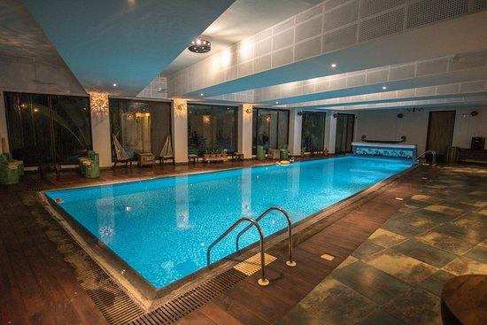 Tathastu Resorts: Pool Area