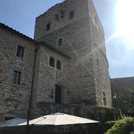 Castello di Tornano Photo