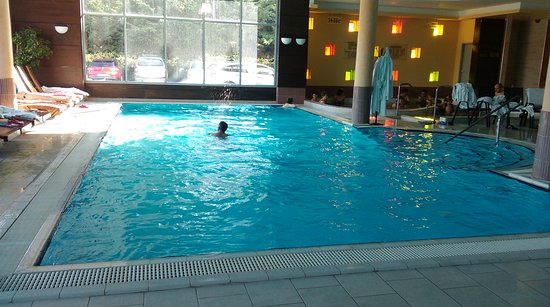 Mezokovesd, Hungary: 12 m hosszú úszómedence