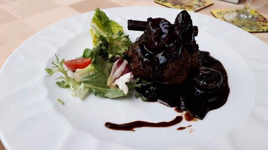 Restaurant First: Rinderfilet mit Feigen und Balsamico Soße