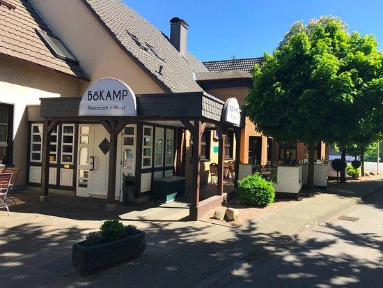 Bökamp Rietberg - Eingang zu Kneipe & Restaurant