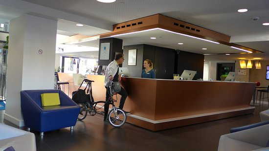 Park Inn by Radisson Luxembourg City: reception