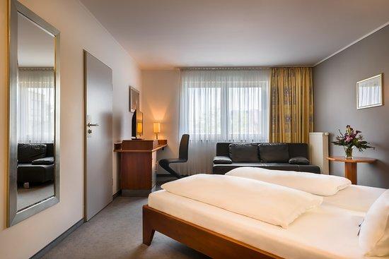 Mercure Hotel Oberhausen Centro: Superior Room