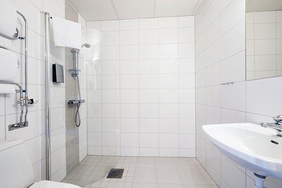 Best Western Stoten Ski Hotel: Alla rum har rymliga och ljusa badrum.
