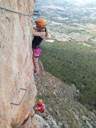 Tronkos y Barrancos Deportes de Aventura: Ferrata del Ponoig