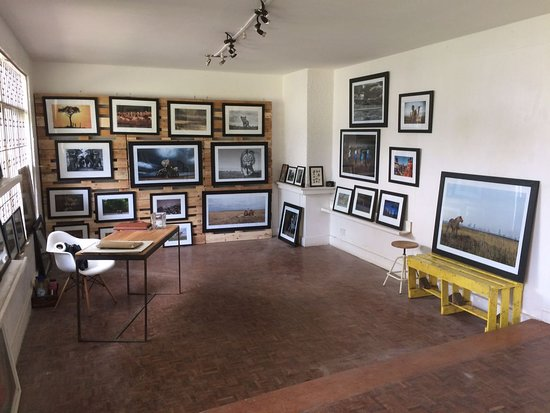 ‪Upepo Photography Gallery‬