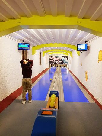 Oberjoch, Germany: Bowling time!