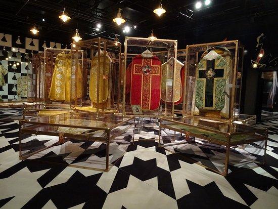 Musée de la Visitation: Les trésors de Fribourg en voyage à Moulins