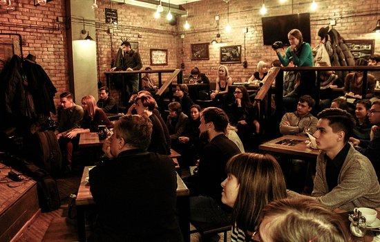 Edison Craft Bar: Every Wednesday Jazz Jam Sessions.
