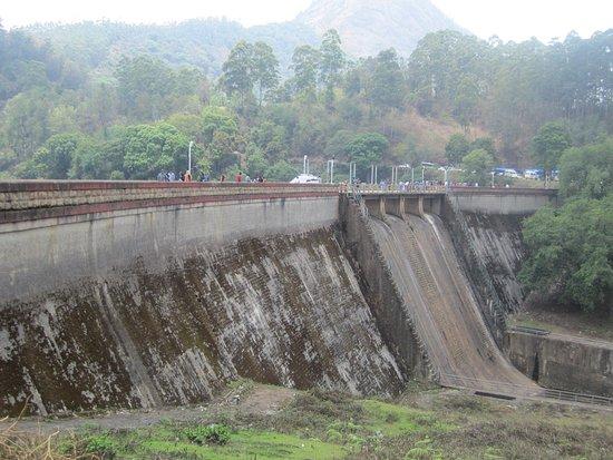 Kundala Dam Lake照片