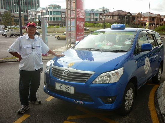 Taxi Kuching : When people book a taxicab while traveling to Kuching, especially at airport pickup this photo i