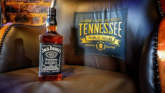 Taste of Tennessee : Hand Crafted Furniture