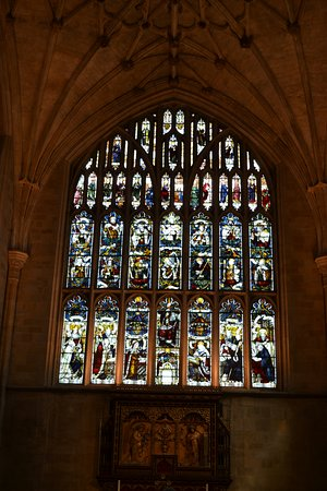 Winchester Cathedral : East window