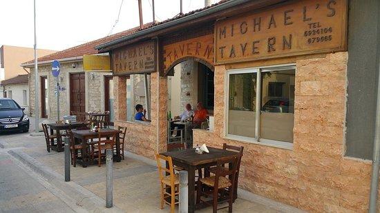 Michael's Tavern Erimi