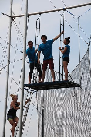 TLCC Trapeze School: Staff flying at the rig