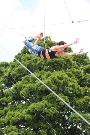 TLCC Trapeze School: A beginners fly session