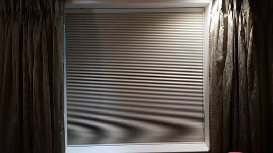 Magor, UK: High quality black out blinds