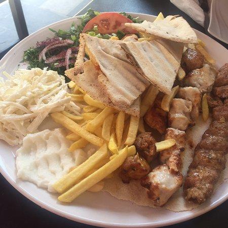 Mezza Lebanese Cuisine ภาพถ่าย