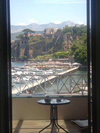 Yacht Club Capo Cervo Suites: View from room