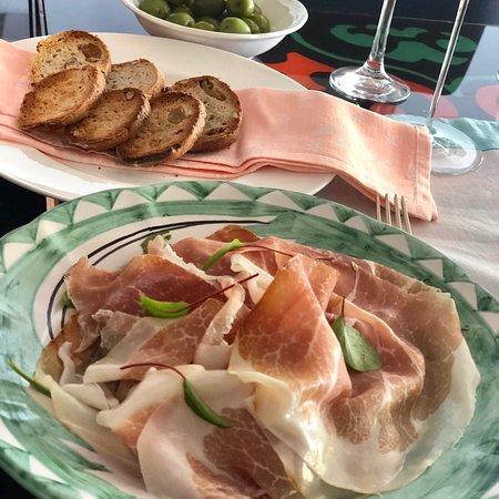 Il San Pietro di Positano: Wine tasting at the hotel