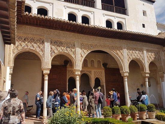 Generalife: Moorish architecture