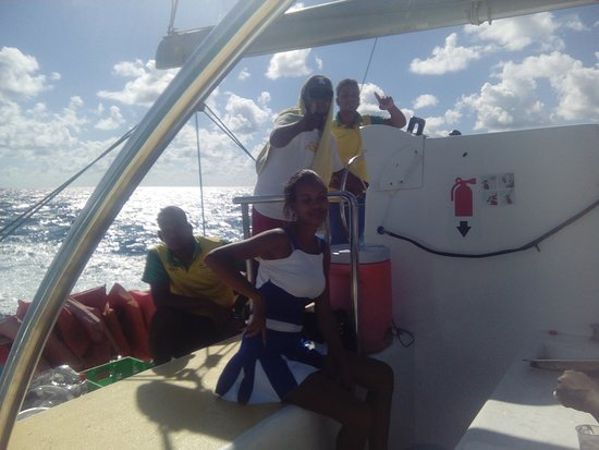 Saona Island: Crew of the boat we were on, absolutely wonderful people, made the journey back fun