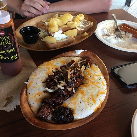 Earlscourt BBQ By PorkNinjas: Sunday Brunch at Earlscourt Bbq