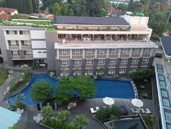 Grand Mercure Bandung Setiabudi Photo
