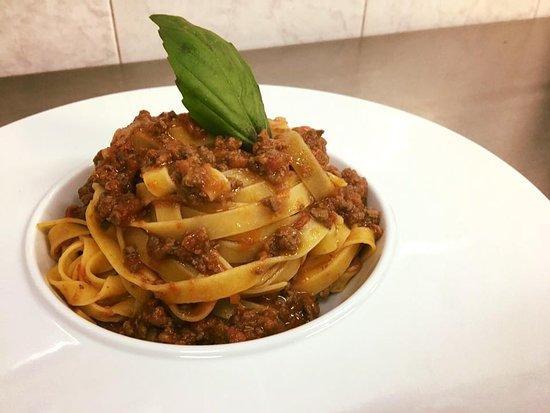 Perosa Argentina, Italien: Tagliatelle di Campofilone al ragu' di cinghiale.