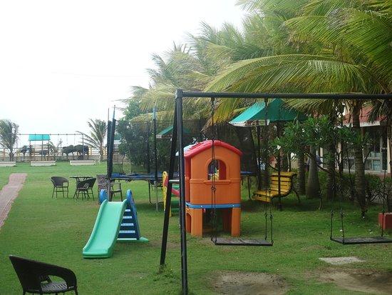 Hotel Sonar Bangla - Mandarmoni: Well Maintained Children Play area