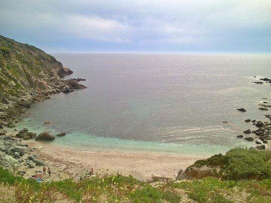 Ile des Embiez: Le temps orageux a subimé cette île de camaieu de gris