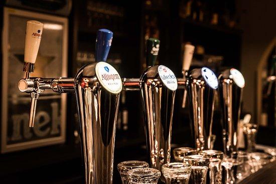 Restaurant Wei: Verschillende biertjes van de tap - wisselend assortiment
