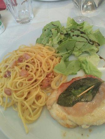 Don Camillo Italian Restaurant Pizza : Piatto Tris Romano