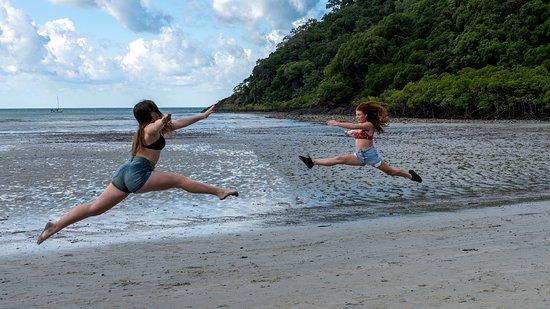 Daintree Rainforest, Cape Tribulation, Mossman Gorge in a day: Daintree Dancers