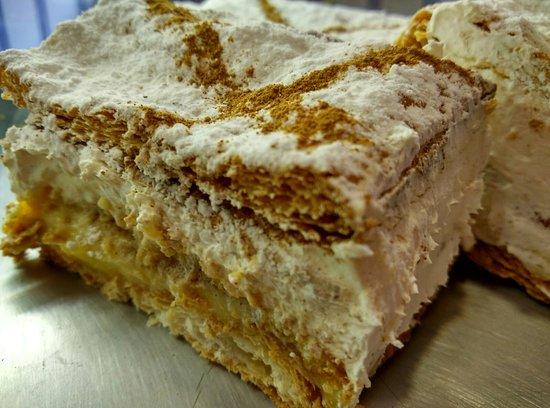 Pasteleria los Álamos-La casa de los piononos: Milhojas