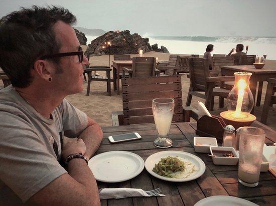 Zipolite, Mexico: Beach dinner @ El Alquimista