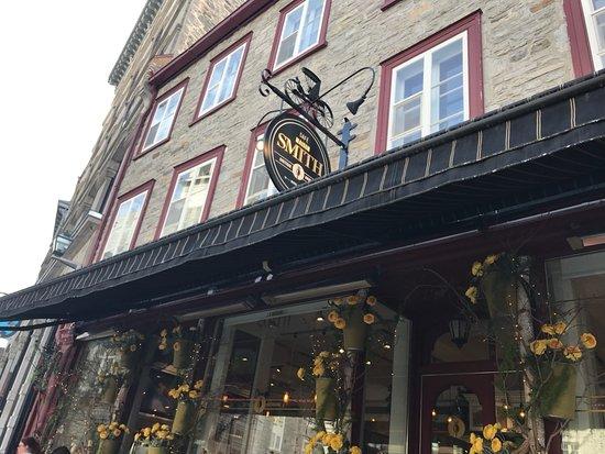 Café La Maison Smith Place-Royale: Quaint Coffee Shop