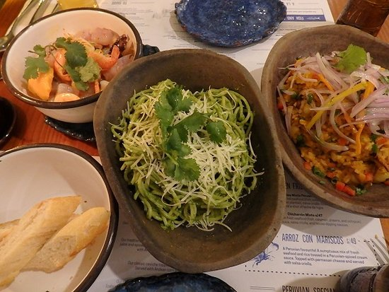 Ceviche Seafood Kitchen: セビーチェやパスタなど